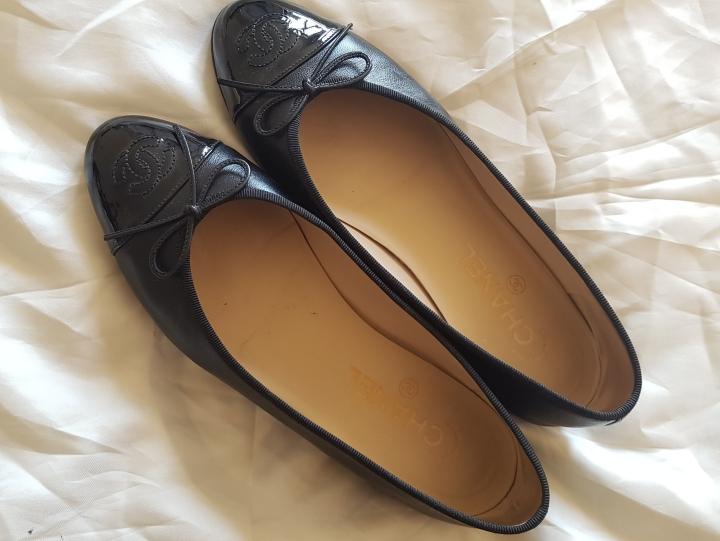 Review: Chanel Ballerina Flats in Black Lambskin and PatentCalfskin